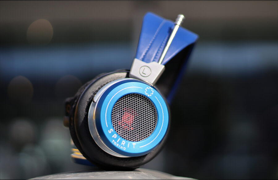 Spirit-Torino-Super-Leggera-Blue-Dynamic-Headphones-Flagship-Review-Audiophile-Heaven-49-900x582.jpg