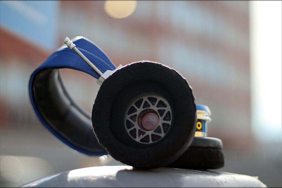 Spirit-Torino-Super-Leggera-Blue-Dynamic-Headphones-Flagship-Review-Audiophile-Heaven-51-900x600.jpg