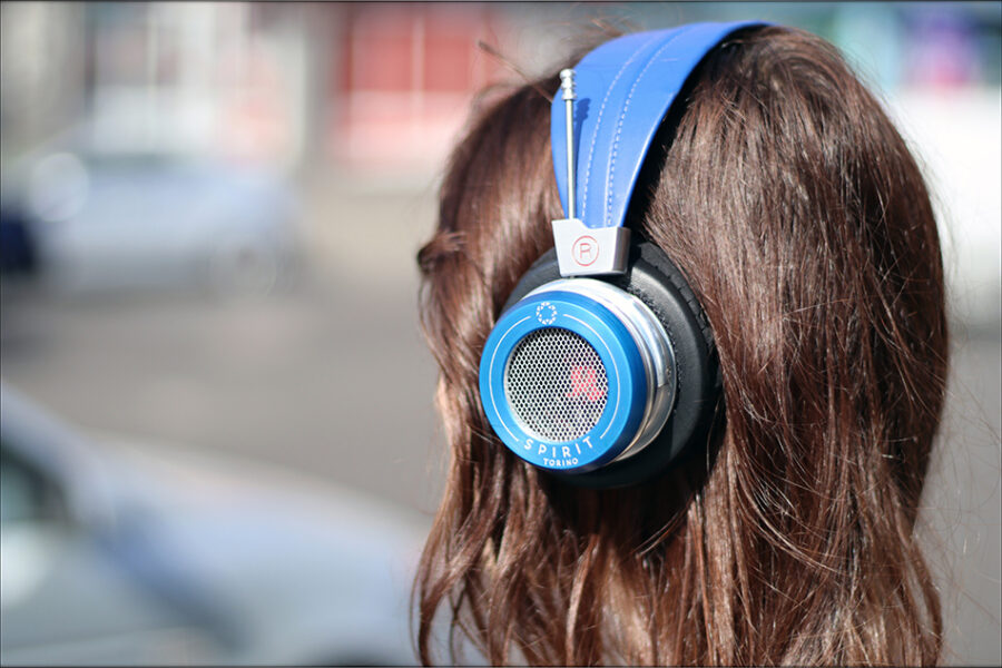 Spirit-Torino-Super-Leggera-Blue-Dynamic-Headphones-Flagship-Review-Audiophile-Heaven-69-900x600.jpg